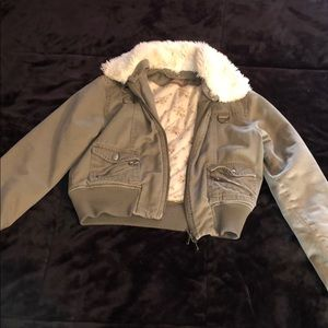 Jackets & Blazers - Green Jacket w Fur